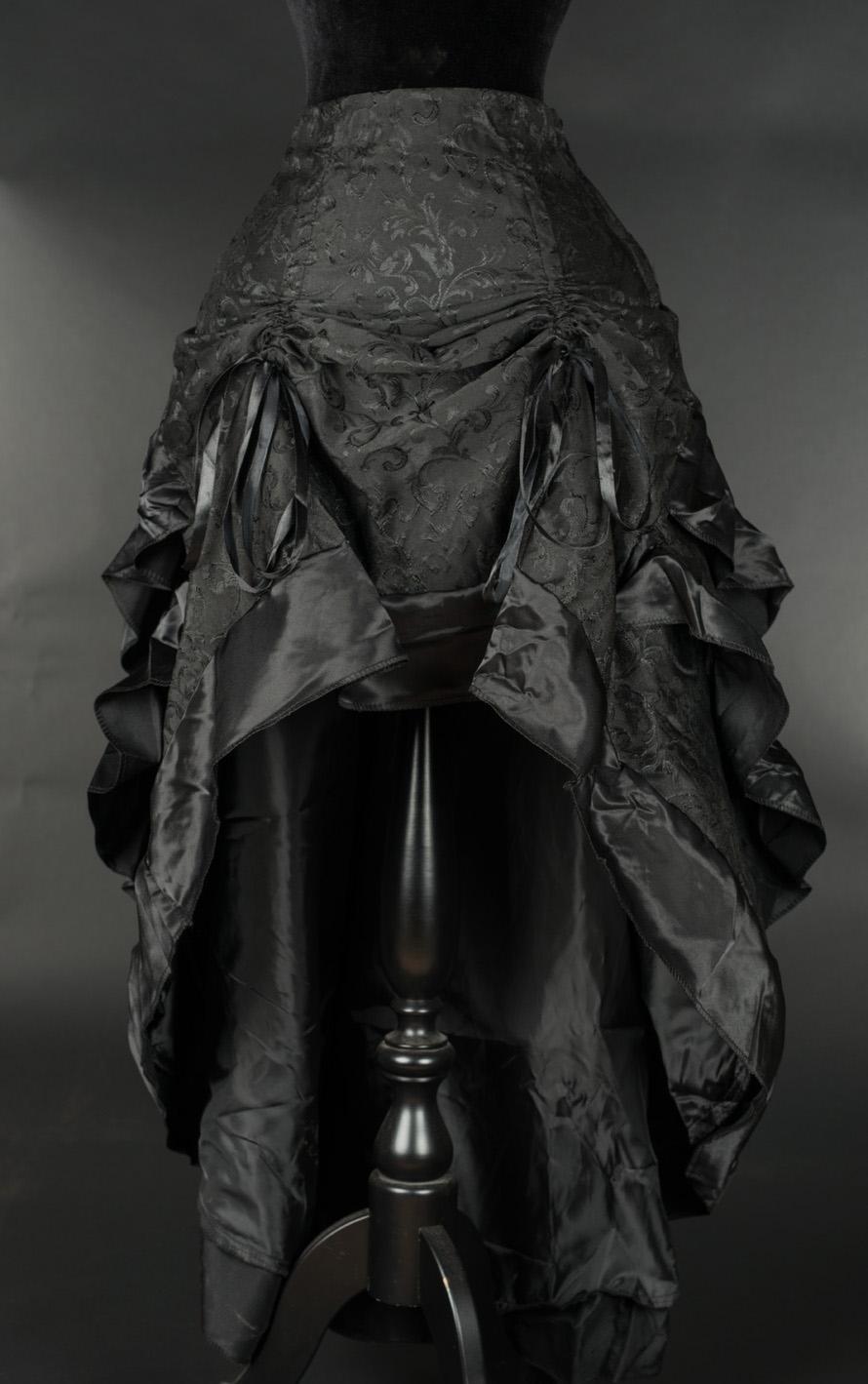 rebelsmarket_black_brocade_adjustable_long_bustle_3_layer_ruffle_victorian_goth_skirt__skirts_4.jpg
