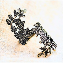 Unique Fashion Retro Vintage Antique Bronze Brass Carving Flower Leaf Ring