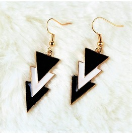 Fashion Retro Gold Punk Black And White Triangle Enamel Drop Earrings