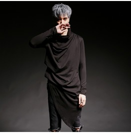 New Avant Garde Solid Black Asymmetric Long Tee Shirts