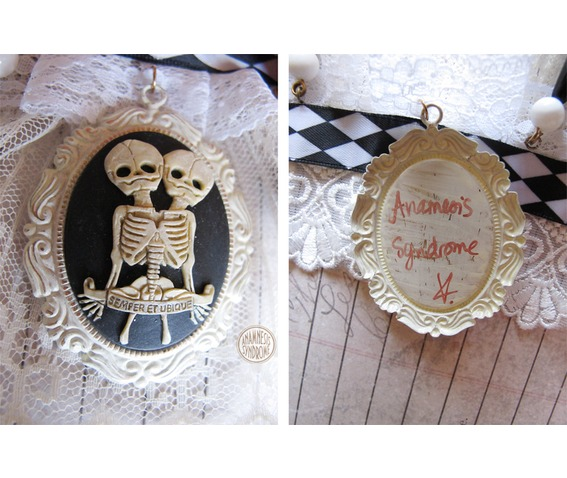 choker_steampunk_circus_freaks_conjoined_twins_necklaces_3.jpg