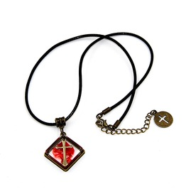 Vintage Cross Bloody Pendant Choker Necklaces