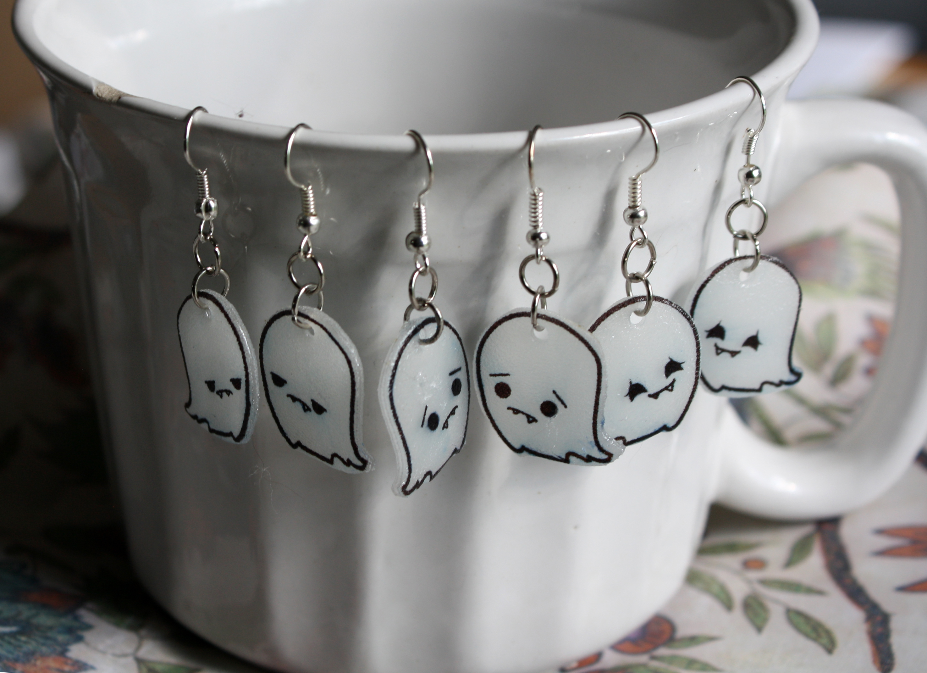 3_set_moody_ghosts_kawaii_dangle_earrings_earrings_5.JPG