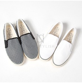 Mesh Covered Casual Slip On 372