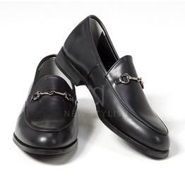 Classic Metal Clip Accent U Tip Shoes 375