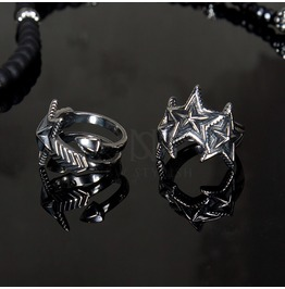Funky Star Accent Metal Ring 34