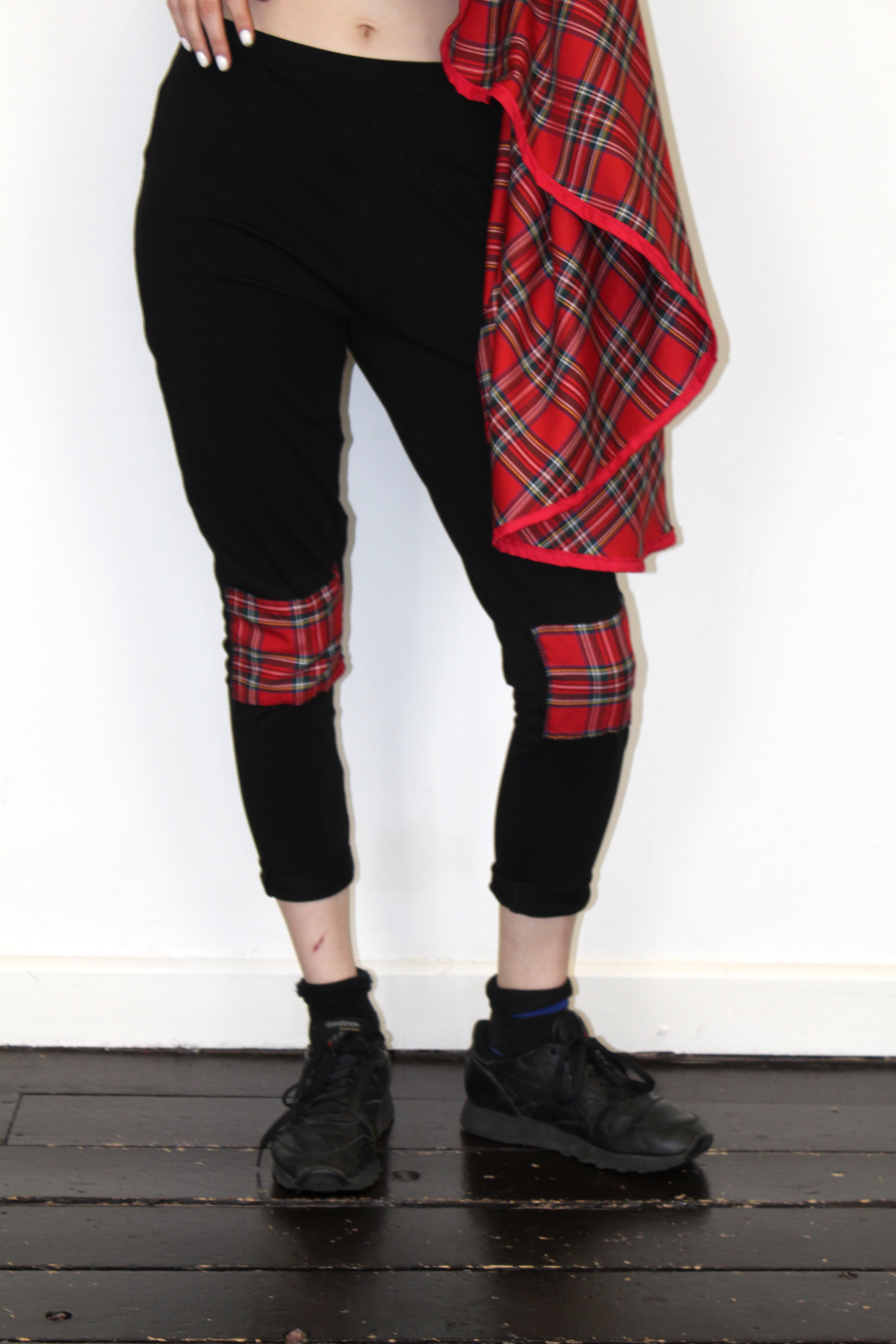 rebelsmarket_pretty_disturbia_black_tartan_panelled_punk_grunge_leggings_leggings_2.jpg