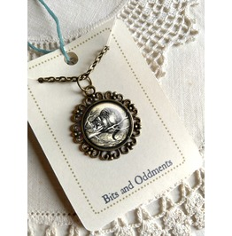 Alice In Wonderland Cheshire Cat Pendant Necklace