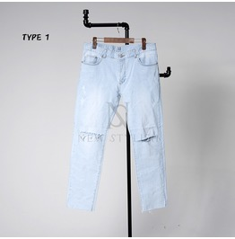Distressed Ice Blue Jeans 289