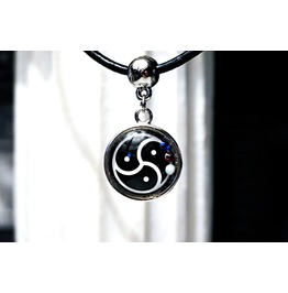 Bdsm Symbol Triskele Triskelion Submissive Collar Charm Slave Necklace