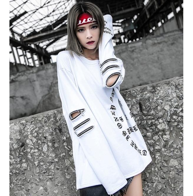 rebelsmarket_black_white_harajuku_sweatshirts_hip_hop_skateboard_pullovers__hoodies_and_sweatshirts_7.jpg
