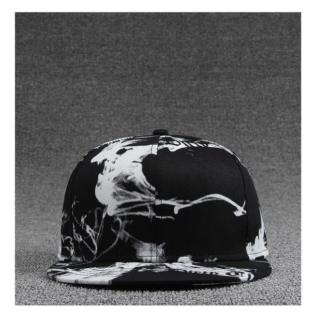 rebelsmarket_ink_painting_black_and_white_style_casual_flat_hat_fashion_charm_snapback_cap_hats_and_caps_7.jpg