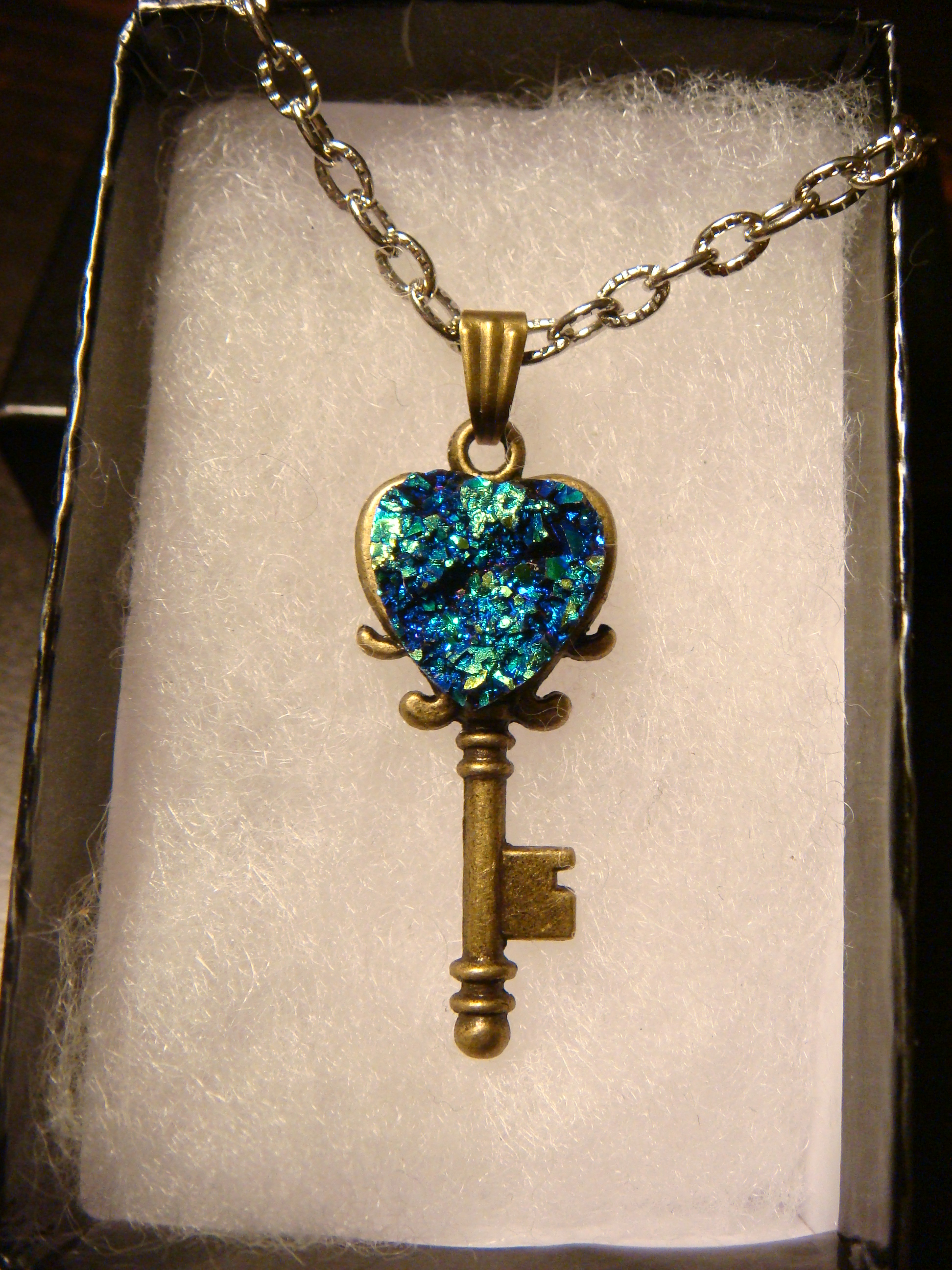 blue_green_faux_heart_druzy_drusy_key_necklace_pendants_4.JPG