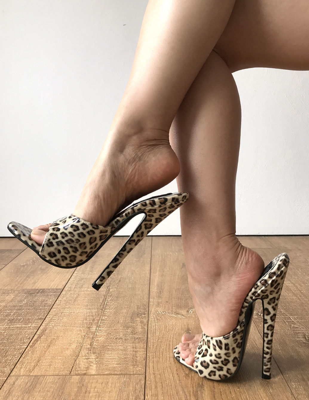Fetish high heel mules