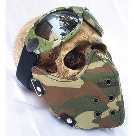 2 Pc Steampunk Camouflage Face Mask & Goggles Set