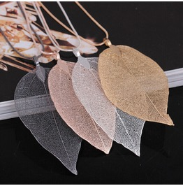 1 X Silver Oxidised Leaf On Chain