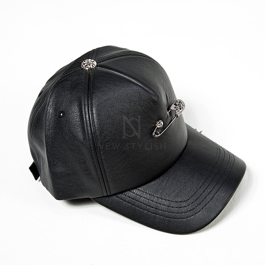 rebelsmarket_safety_pin_chain_accent_black_leather_cap_hat_18_hats_and_caps_10.jpg