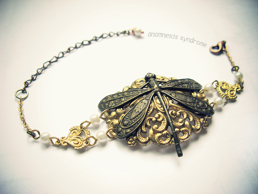 neo_victorian_bracelet_pearls_dragonfly_bracelets_5.jpg