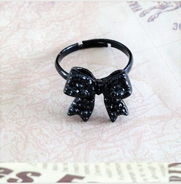 Fashion Retro Black Crystal Pave Bowknot Ribbon Adjustable Opening Ring