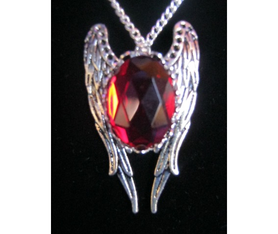 necklace_red_stone_wings_necklaces_2.JPG