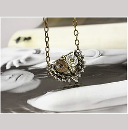 Retro Vintage Night Owl Antique Bronze Head Long Chain Pendant Necklace