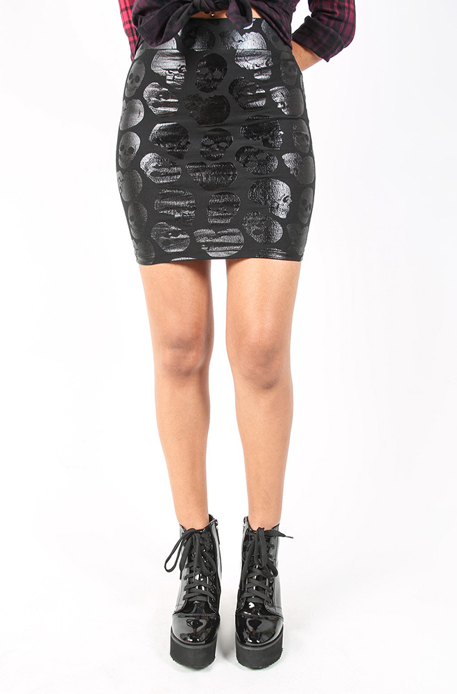 rebelsmarket_iron_fist_skullz_club_mini_skirt_skirts_3.jpg