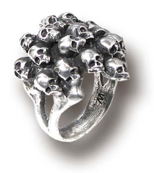 charnalite_skulls_pewter_ring_rings_2.jpg