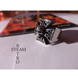 Gothic Iron Cross Skull Biker Ring Steamretro