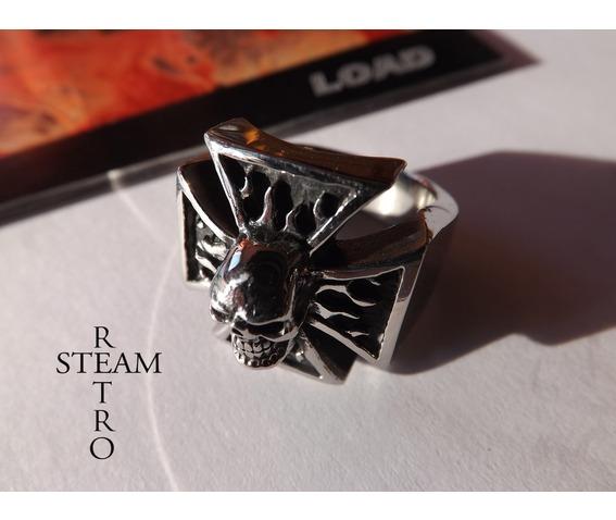 gothic_iron_cross_skull_biker_ring_steamretro_rings_4.jpg
