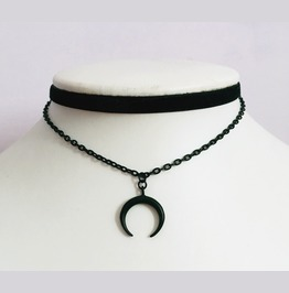 Moon Choker Black Gothic Chains Design