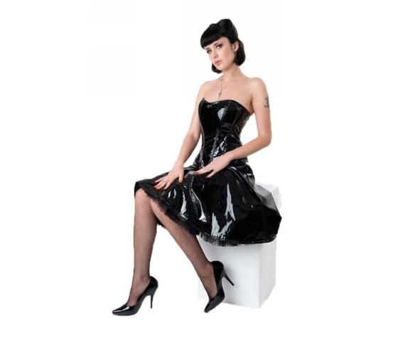 pvc_dress_dresses_2.jpg