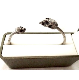 Skullhead Old Worn Vintage Look Skull Bangle