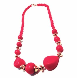 Cool Cherry Red Bead Choker Necklace