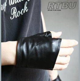 Genuine Leather Lambskin Punk Boxing Fighting Biker Riding Fingerless Glove