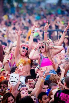 15 reasons why edm is the future of entertainment