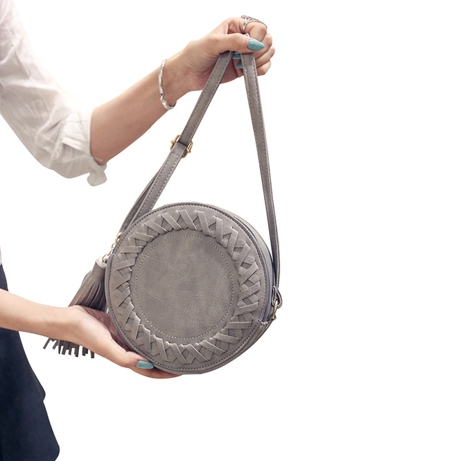 rebelsmarket_boho_vintage_round_woven_tassel_shoulder_bag_women_purses_and_handbags_5.jpg