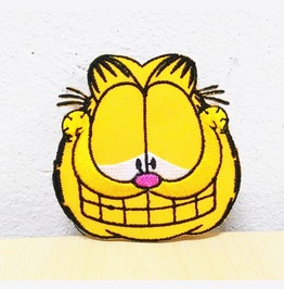 Smile Garfield Cartoon Embroidered Iron On Patch.