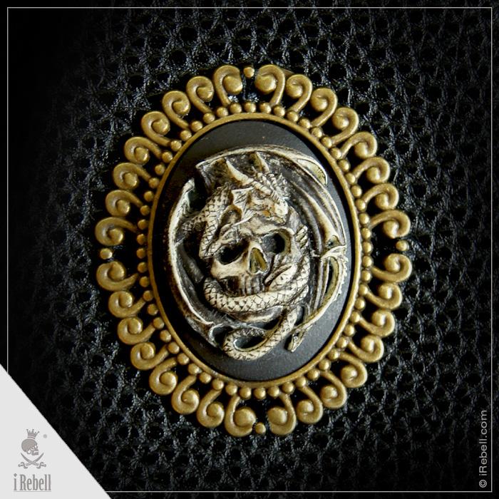 rebelsmarket_vampire_bag_cameo_dragonskull_extraordinary_gothic_bag_bags_and_backpacks_5.jpg