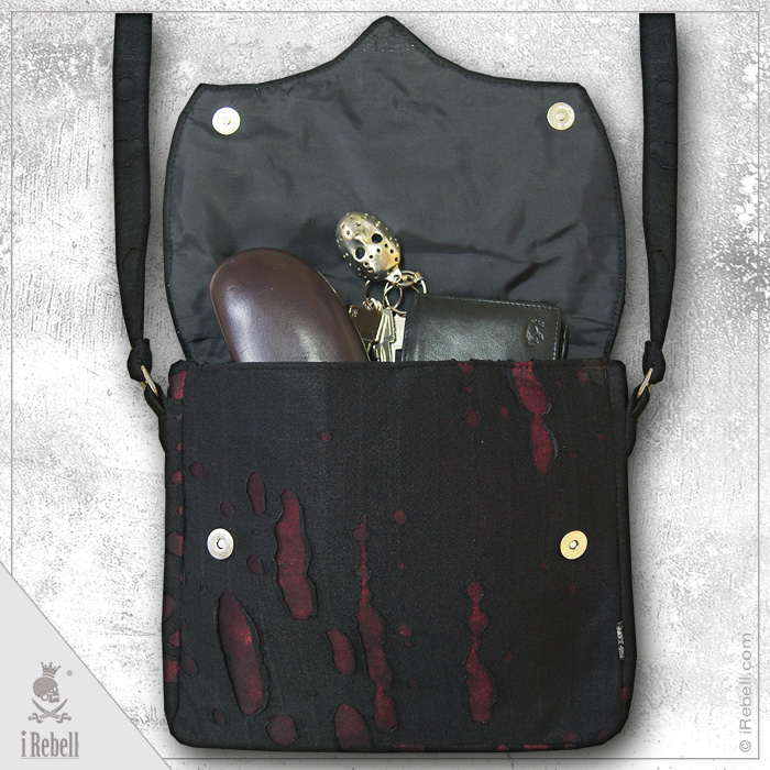 rebelsmarket_vlad_big_red_gothic_style_shoulder_bag_purses_and_handbags_5.jpg