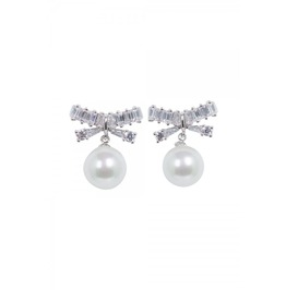 Voodoo Vixen Elegant Pearl & Bow Earrings