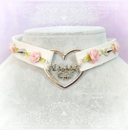 Daddys Girl Choker Necklace Off White Faux Leather Heart Pink Rose Spikes