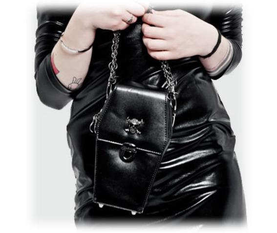 coffin_handbag_purses_and_handbags_2.jpg