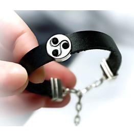 Submissive Dominant Bdsm Jewelry Bracelet Triskele Symbol Triskelion Cuff