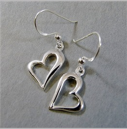 Fashion Retro Antique Silver Plated Open Heart French Hook Dangle Earrings