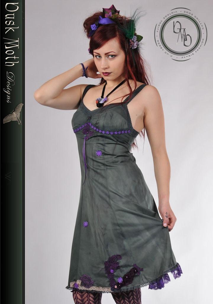 hand_dyed_green_dress_dresses_4.jpg