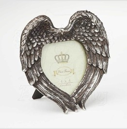 Winged Heart Frame