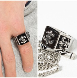 Emblem Patterned Silver Ring 47