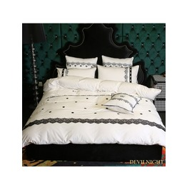 White And Black Gothic Vintage Palace Comforter Set Dccs 0015