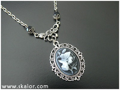 gothic_flower_butterfly_cameo_victorian_necklace_necklaces_3.jpg