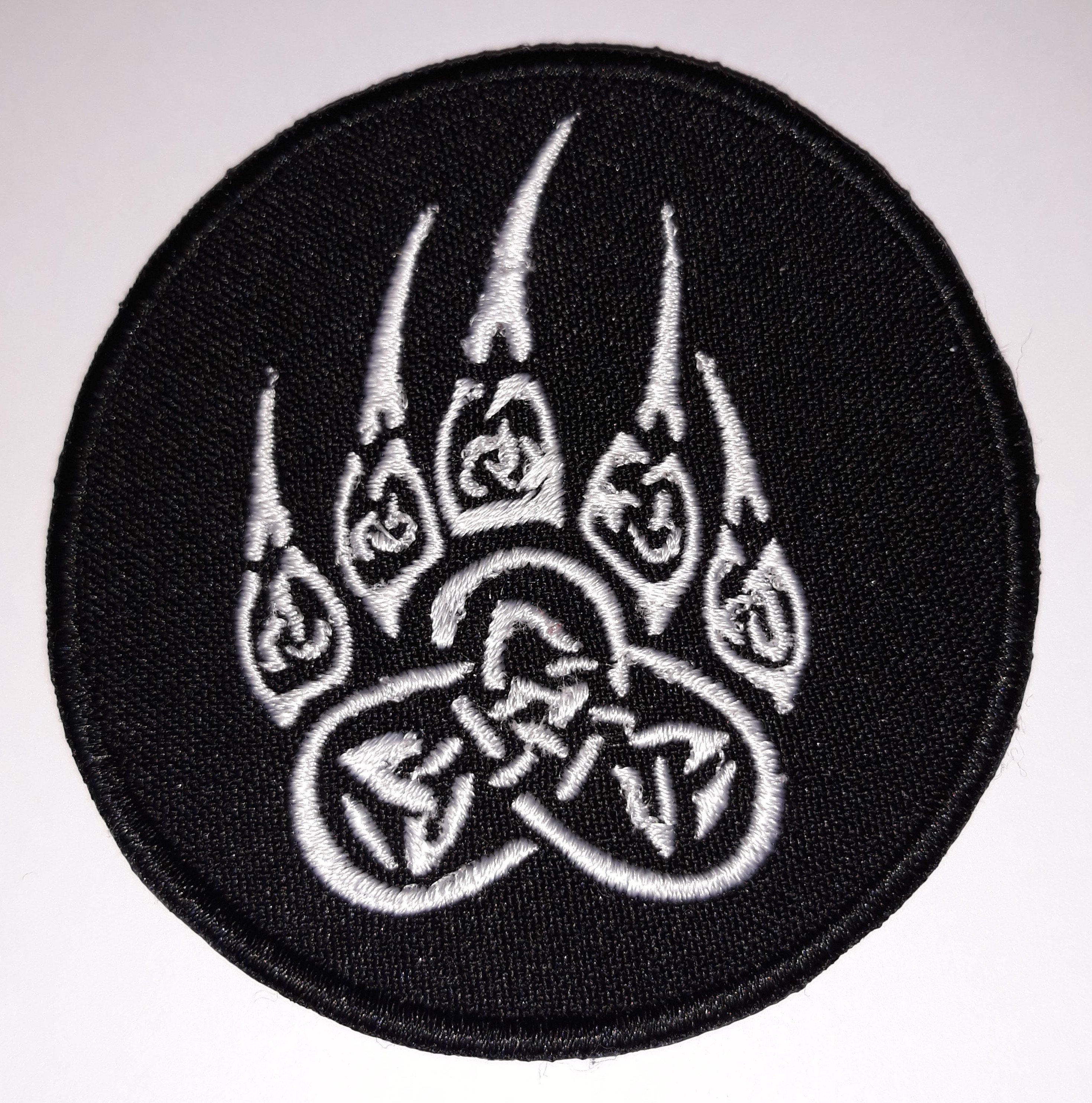 Bear foot totemic symbol embroidered patch 32 x 32 inch 161286 product details biocorpaavc